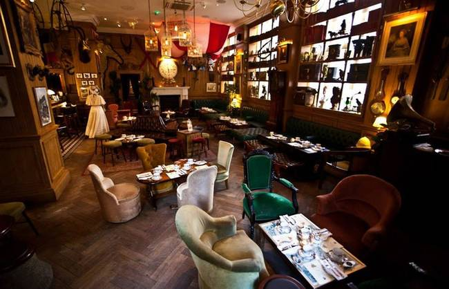 7.) Mr. Fogg's: This Victorian Era-themed bar brings you back to a time when houndstooth and monocles were in style. Don't forget to bring your ashplant cane and bowler hat.