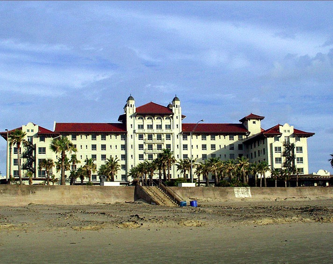 "6.) Hotel Galvez is the infamous home of their ghost, ""The Lovelorn Lady"". A lady checked into the hotel to await her fiancé to return from sea. He never did, for his ship sunk off the coast of Flordia. She hung herself out of grief, but is said to still be waiting for her lover to return to her to this day."